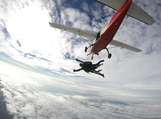 Helen Skiffington's skydive
